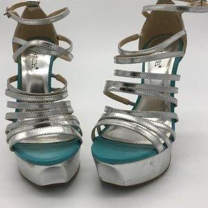 Shoedazzle Silver and Tiffany blue platform heels